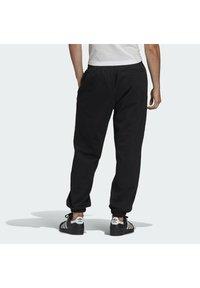 adidas Originals - PREMIUM SWEATP TREFOIL ESSENTIALS ORIGINALS TRACK - Tracksuit bottoms - black - 1