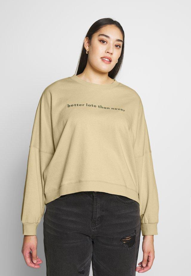 HARPER CREW CROP - Sweatshirt - desert