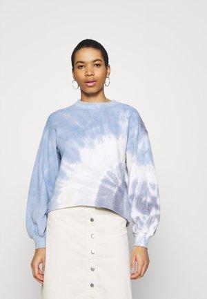 TERRY CUTOFF CREW PATTERN - Sweatshirt - blue