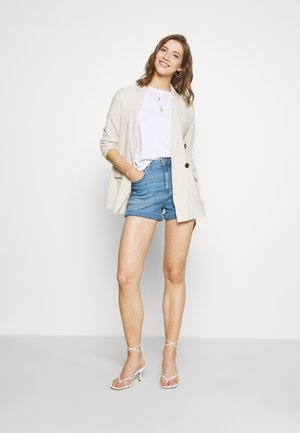 MOM  - Denim shorts - medium tinted indigo