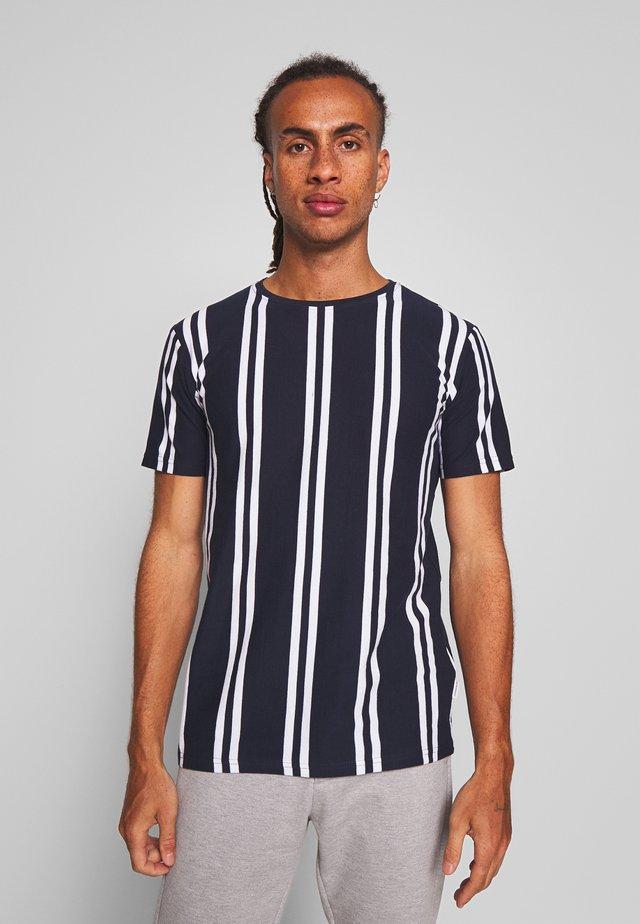 TEE - T-shirt med print - blue