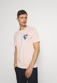 Pier One - T-shirt med print - pink - 0