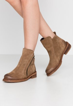 COOPER - Classic ankle boots - momma