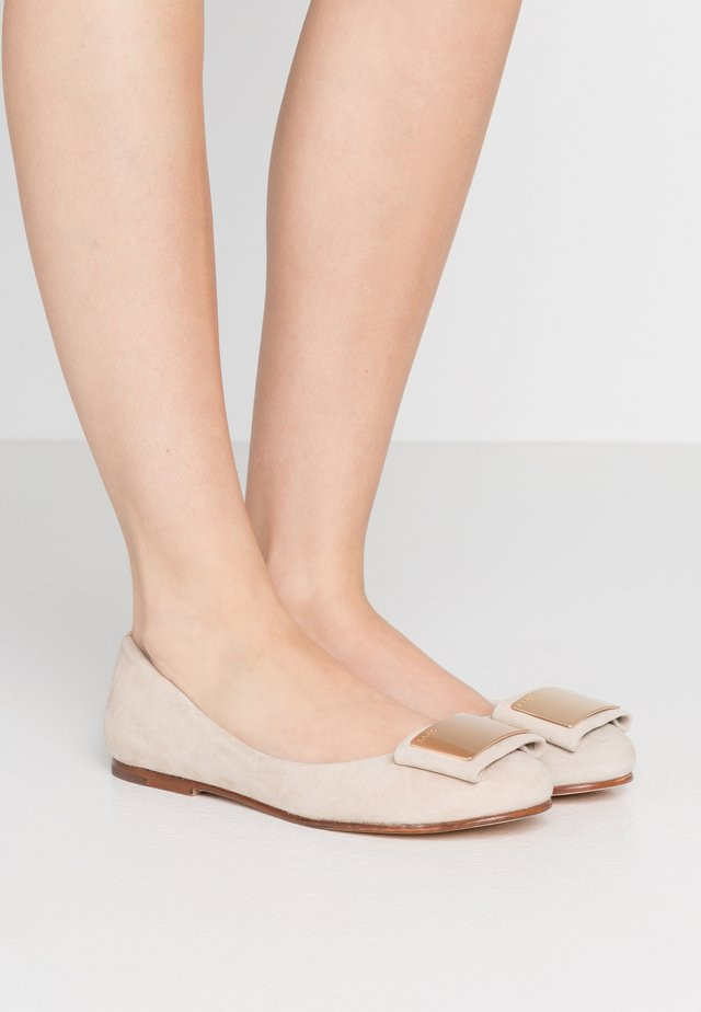 ANTHEA - Ballet pumps - beige/gold