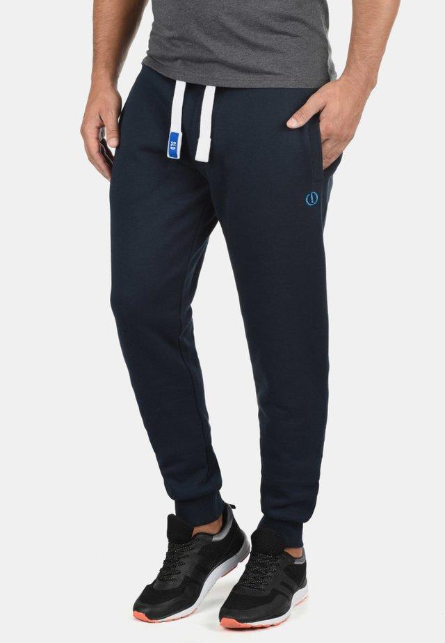 JOGGINGHOSE BENN PANT - Trainingsbroek - blue