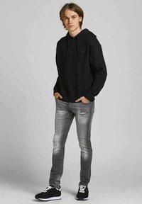 Jack & Jones - Slim fit jeans - grey denim - 1