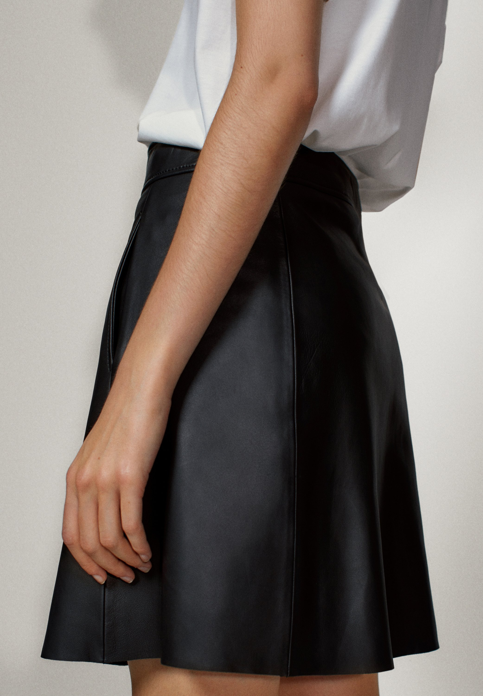 Professional Low Cost Women's Clothing Massimo Dutti MIT DRUCKKNÖPFEN  A-line skirt black 2OgK1EDey IE0SF6BTE