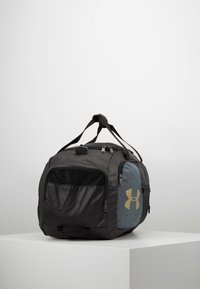 Under Armour - UNDENIABLE DUFFEL 4.0 - Treningsbag - black/metallic gold - 3