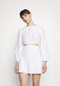 Bec & Bridge - MADELEINE MINI DRESS - Sukienka letnia - ivory - 0