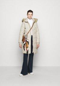 Lauren Ralph Lauren - HAND COAT HOOD - Down coat - moda cream - 1