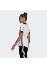 adidas Performance - DEUTSCHLAND DFB HEIMTRIKOT - Club wear - white - 2