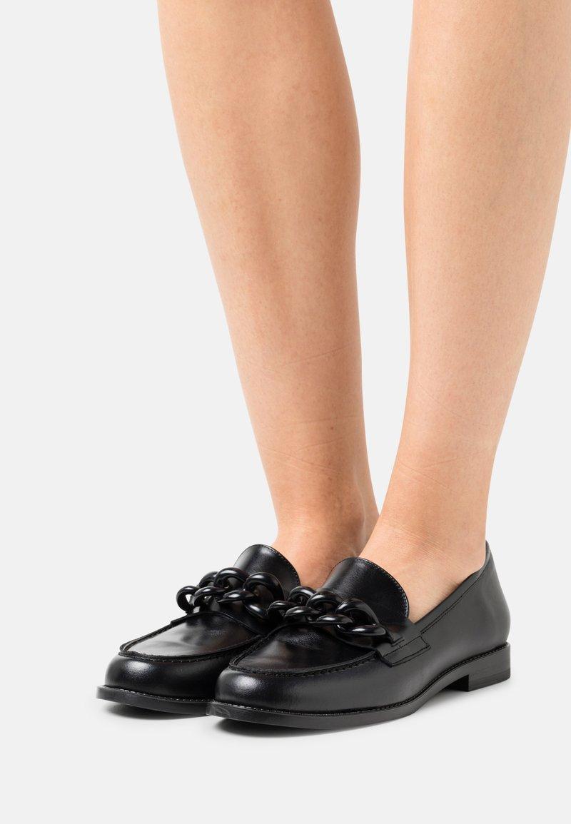 San Marina - CELSA - Nazouvací boty - noir