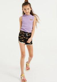 WE Fashion - MET LUIPAARDDESSIN - Shorts - black - 0