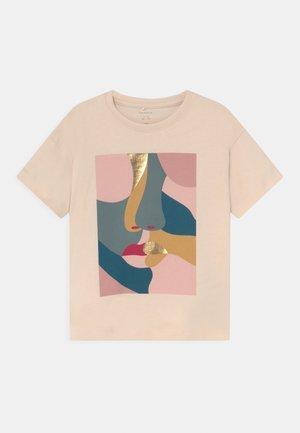 NKFLOSSIE OVERSIZE - Print T-shirt - whitecap gray