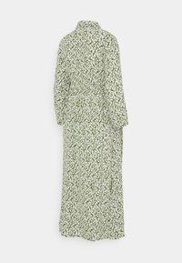 Pieces Maternity - PCMLUA MIDI DRESS - Maxi dress - garden green - 1