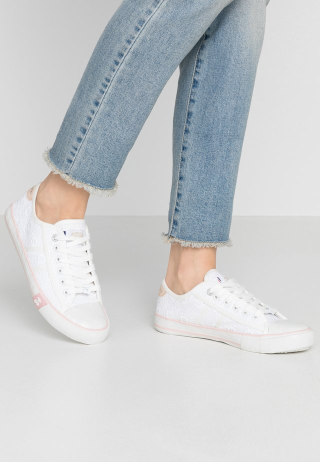EASY - Sneakers basse - dentelle