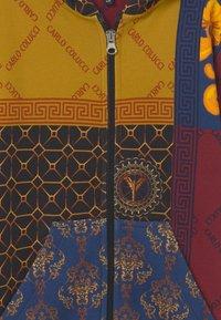 Carlo Colucci - HOOD UNISEX - Mikina na zip - yellow/royal/bordeaux - 2