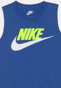 Nike Sportswear - CLUB SET - Top - smoke grey - 3