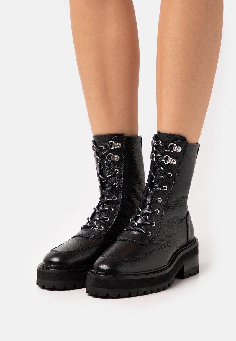 The Kooples - SHOES - Kotníkové boty na platformě - black