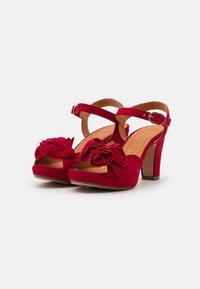 Chie Mihara - BRI EKUNE - Sandalen met plateauzool - rojo - 2
