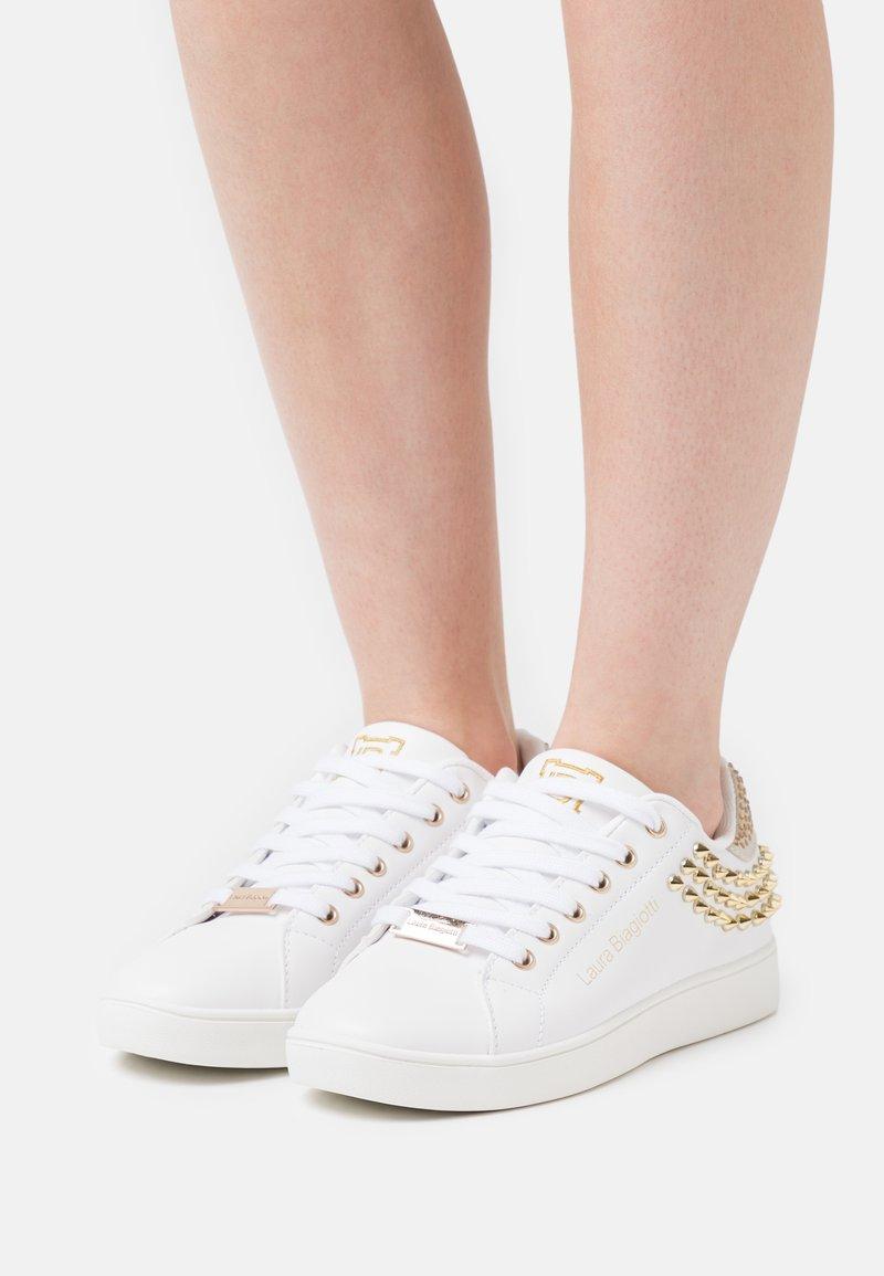 Laura Biagiotti - Sneakers laag - white