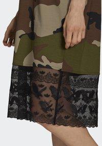 adidas Originals - TEE DRESS - Jersey dress - multicolor - 4