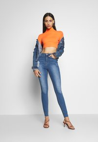 Missguided Tall - SINNER CLEAN DISTRESSED  - Jeans Skinny Fit - blue - 1