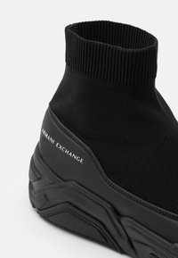 Armani Exchange - Sneakersy wysokie - black