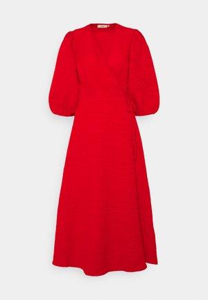 ELMINA  - Denní šaty - fiery red