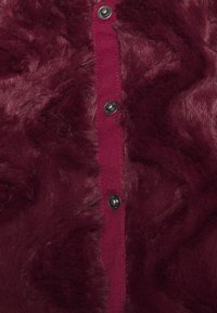 Vero Moda Petite - VMCURL SHORT JACKET - Winter jacket - cabernet - 2