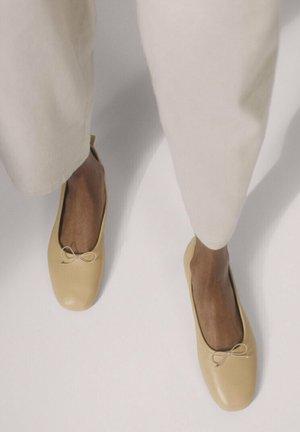 Ballerines - white