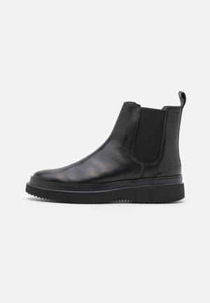 PERO TELOS CHELSEA BOOT - Korte laarzen - black