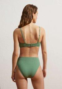 OYSHO - Bikini bottoms - green - 2