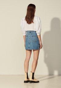 sandro - FIORINA - Mini skirt - bleu denim - 2