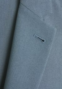 Isaac Dewhirst - UNSTRUCTURED  - Suit - blue - 6
