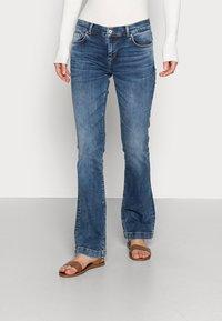 LTB - FALLON - Flared Jeans - jama wash - 0