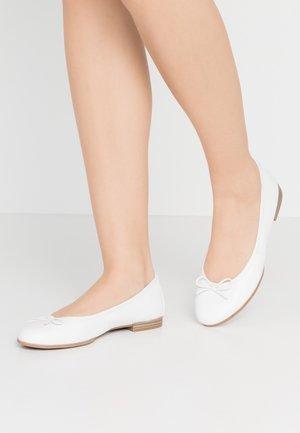 Baleríny - white