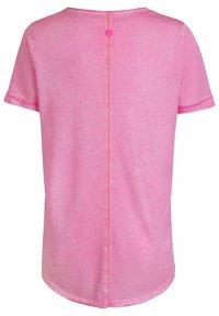 Lieblingsstück - CARISSIMAL - Print T-shirt - rose - 2