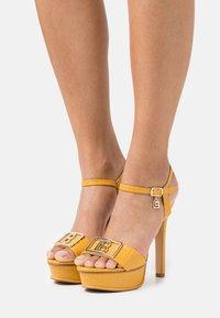 Laura Biagiotti - Platform sandals - mustard - 0