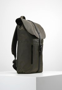Spiral Bags - TRIBECA - Batoh - industry olive - 3