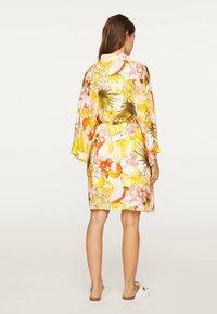 OYSHO - Fleece jacket - yellow - 2