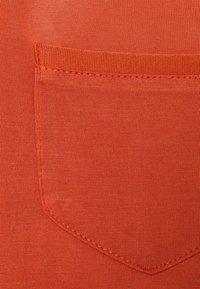 Soaked in Luxury - COLUMBINE  - Basic T-shirt - auburn - 2