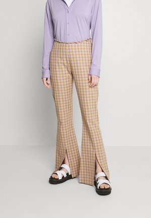 RODEO JEAN - Broek - lilac/gold