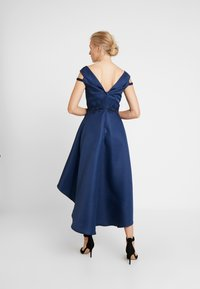 Chi Chi London - AMOUR DRESS - Ballkjole - navy - 3