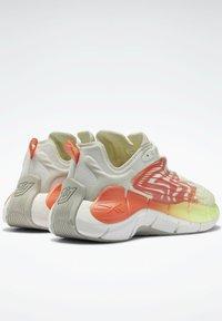 Reebok Classic - ZIG KINETICA  - Sneakersy niskie - grey - 2