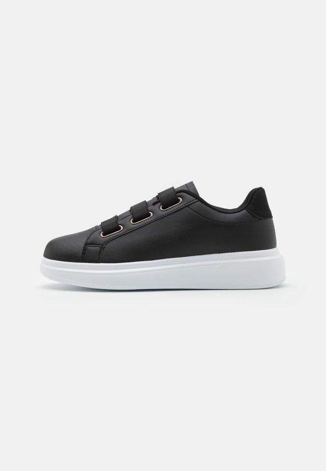 CORSICA - Sneakersy niskie - black