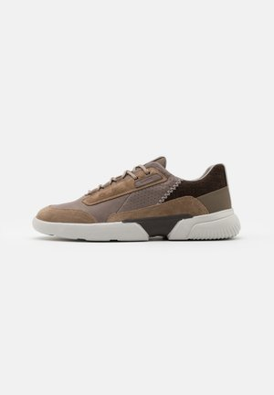 SMOOTHER - Sneakers basse - dove grey/sand