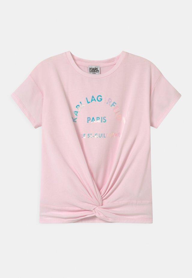SHORT SLEEVES  - Print T-shirt - pale pink