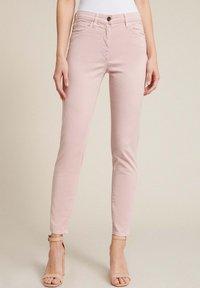 Luisa Spagnoli - ANNUAL - Jeans Skinny Fit - rosa - 0