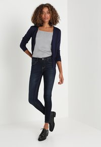 Zalando Essentials - Chaqueta de punto - dark blue - 1
